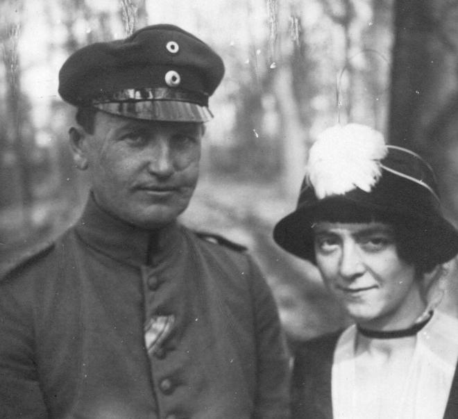 Gustav Sack en zijn vrouw Paula Harbeck in 1916