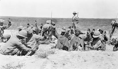 Britse troepen in Mesopotamie ontwapenen Turkse soldaten
