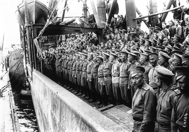 Russen_Marseille_1916.jpg