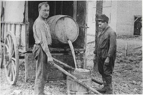 Drinkwater_1916.jpg
