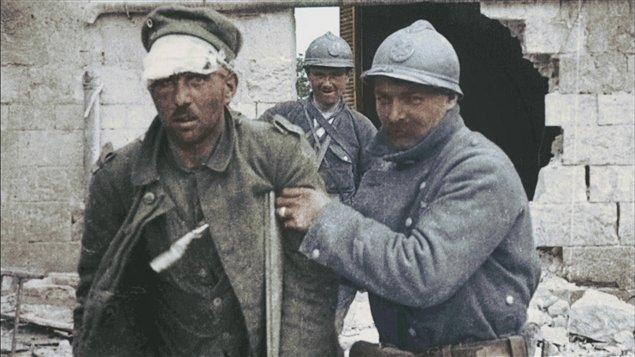 DuitseSoldaatKrijgsgevangen01.jpg