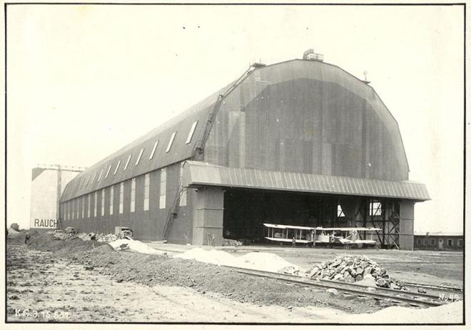 Gontrode_Vliegveld_Hangar02