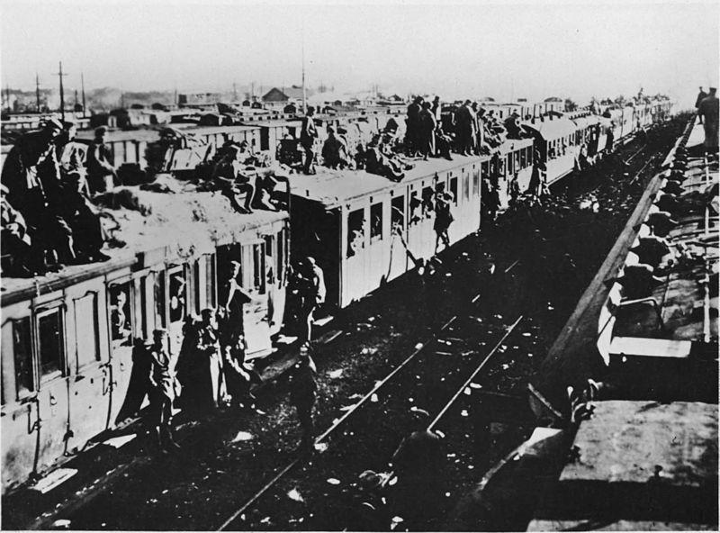 Duitse-soldaten-op-het-dak-van-een-trein-1918
