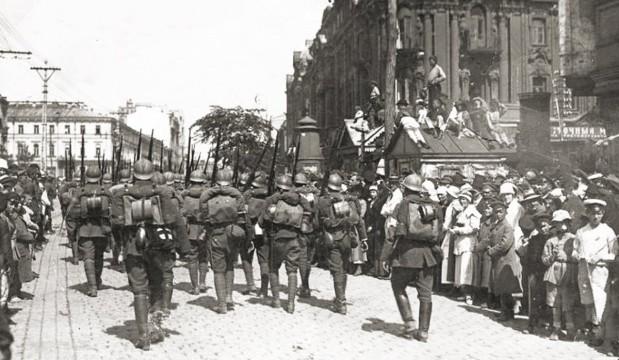 Polen nemen Kievin